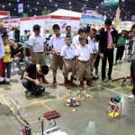 ภาพบรรยากาศการแข่งขันหุ่นยนต์บังคับมือและการแข่งขันโอลิมปิคหุ่นยนต์ 2557 ณ เมืองทองธานี